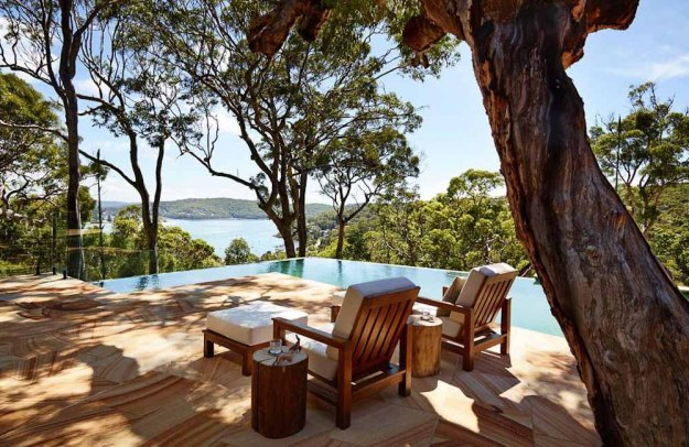 Pretty Beach House Pool Deck